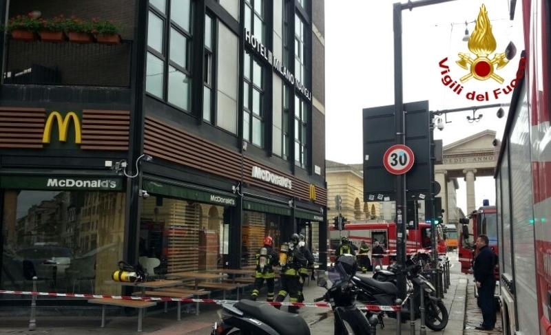 incendio mcdonald milano (5)