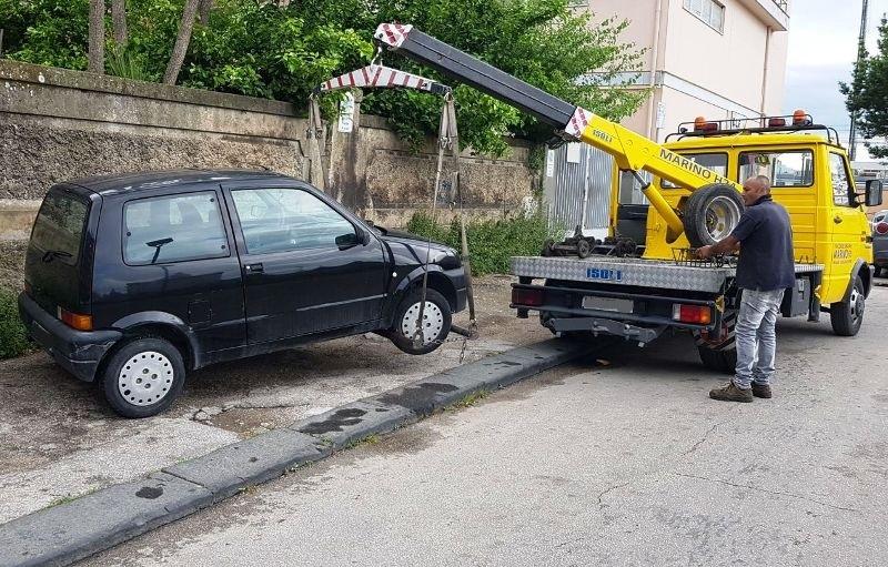 auto rimossa carro attrezzi (2)