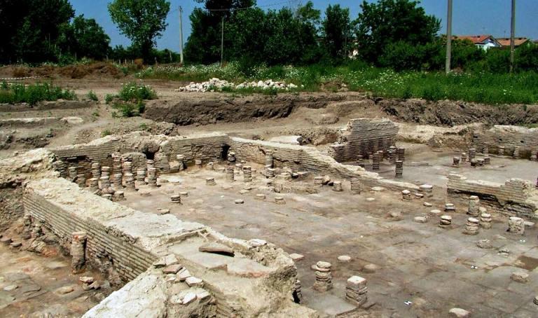 parco archeologico di Atella
