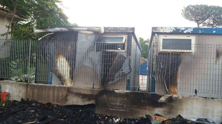 incendio isola ecologica aversa (3)