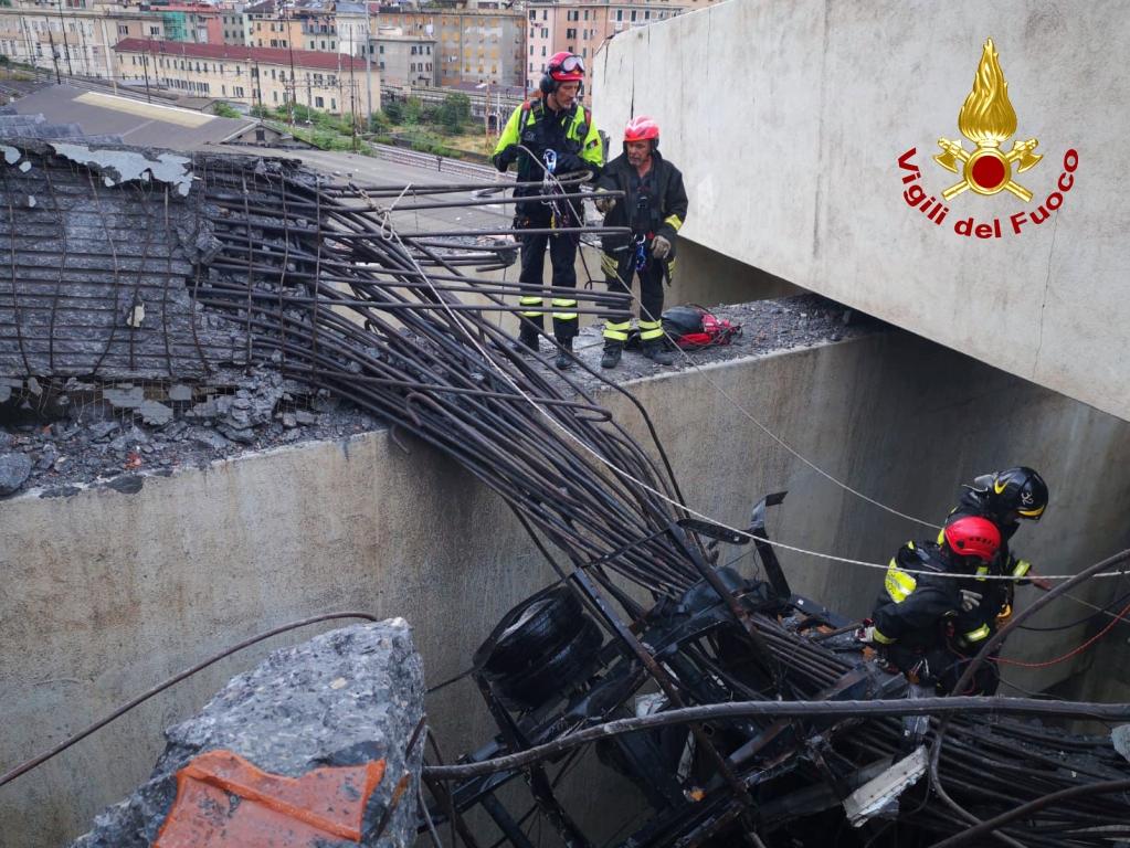 genova crollo ponte (57)