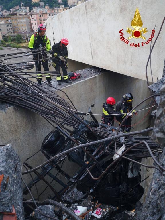 genova crollo ponte (59)