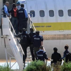 aereo migranti