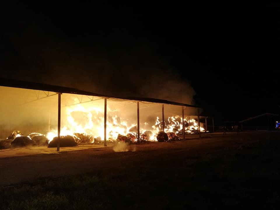 incendio fienile marcianise (4)