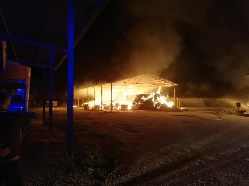 incendio fienile marcianise (9)