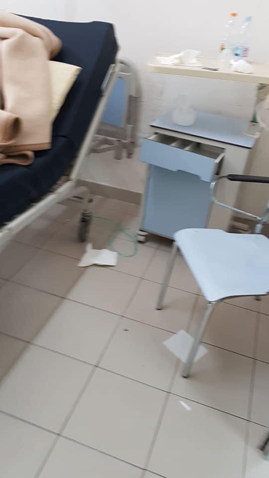 aversa ospedale sporco (1)