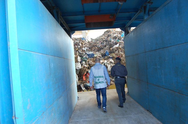 marcianise rifiuti lea (4)