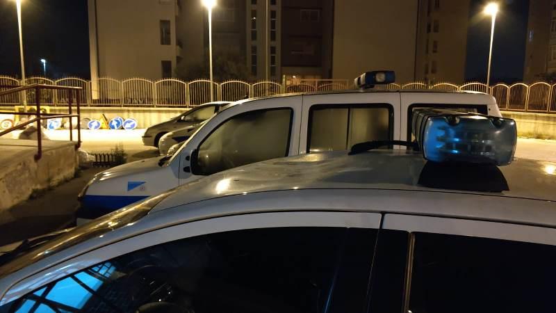 auto vigili aversa danneggiata (4)
