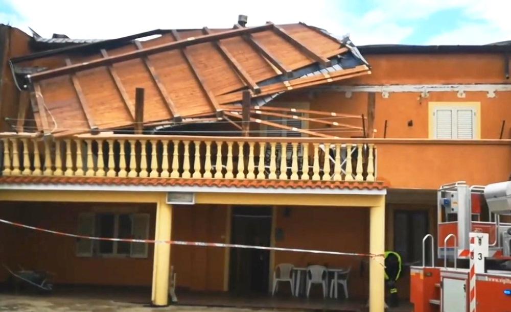 crotone tetto