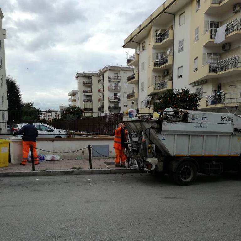 aversa raccolta rifiuti (3)