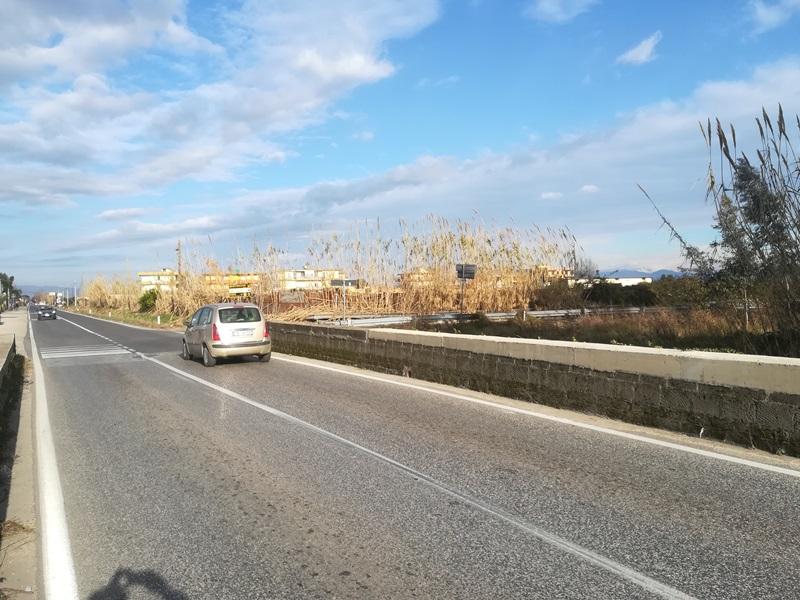 parete giugliano svincolo tre ponti (4)