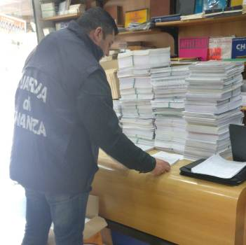 finanza libri tesine copie