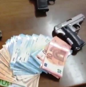 pistola soldi