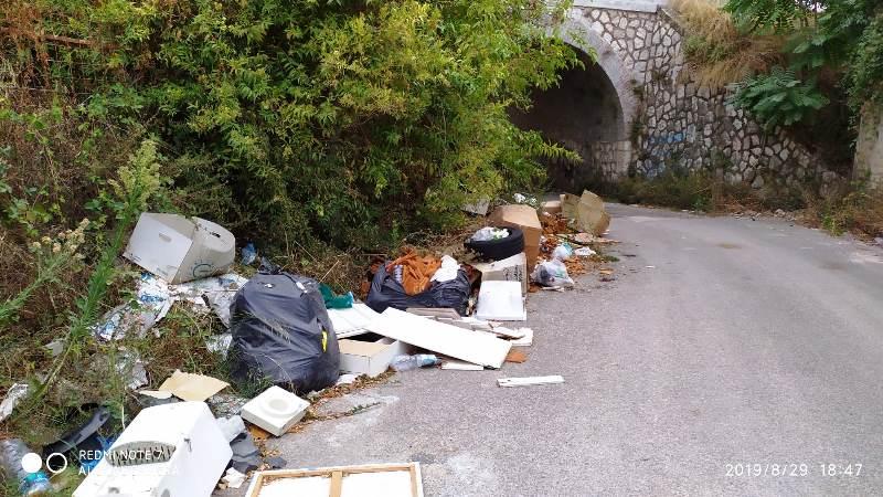 rifiuti via campo (2)