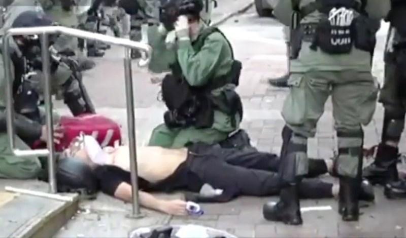 hong kong studente ferito