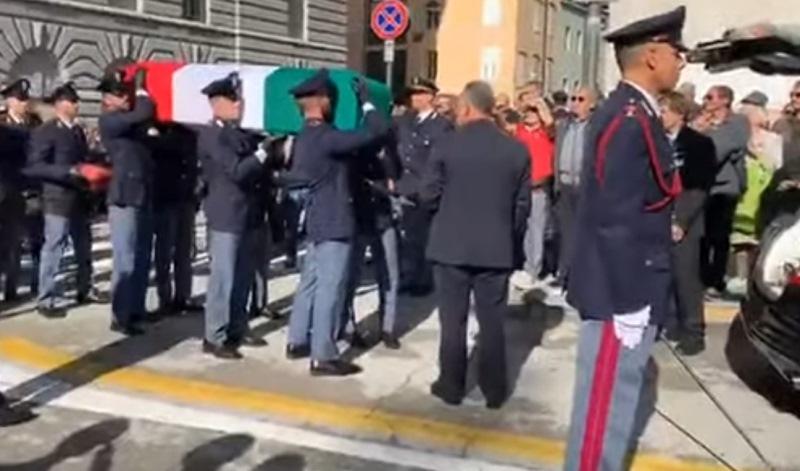 trieste funerali poliziotti