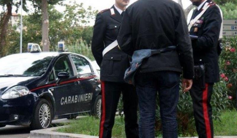 carabinieri parcheggiatore