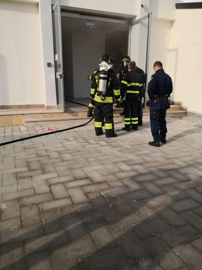 incendio agenzia entrate (2)