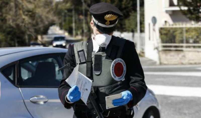 controlli carabinieri coronavirus