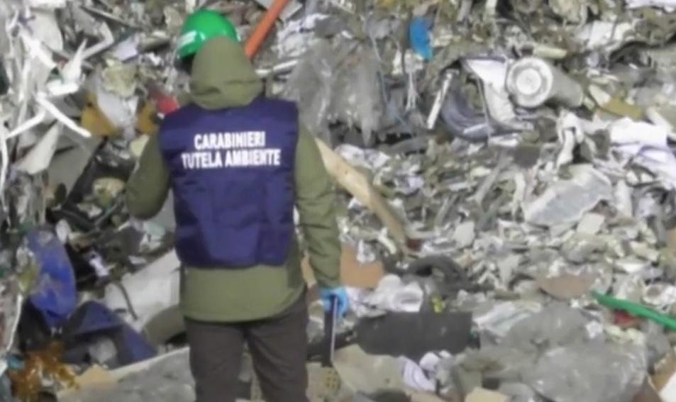 roghi carabinieri rifiuti noe