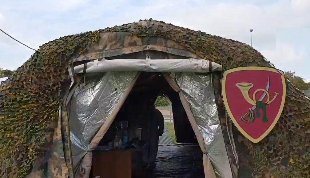 esercito tenda tamponi covid