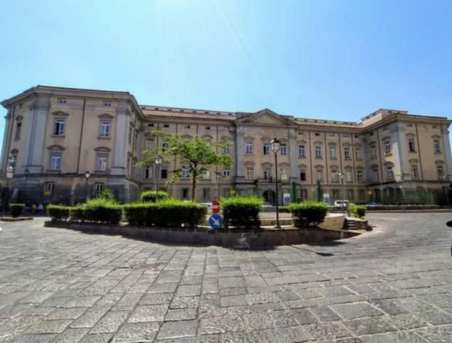 castello aragonese tribunale