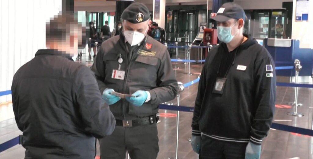 controlli finanza aeroporto