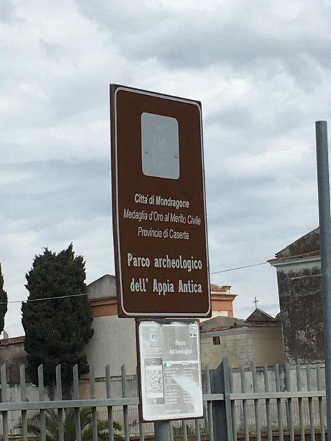 mondragone appia antica rifiuti (0)