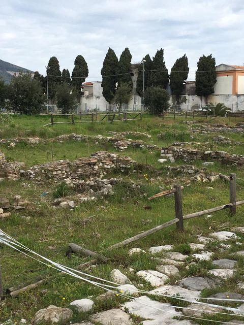 mondragone appia antica rifiuti (41)
