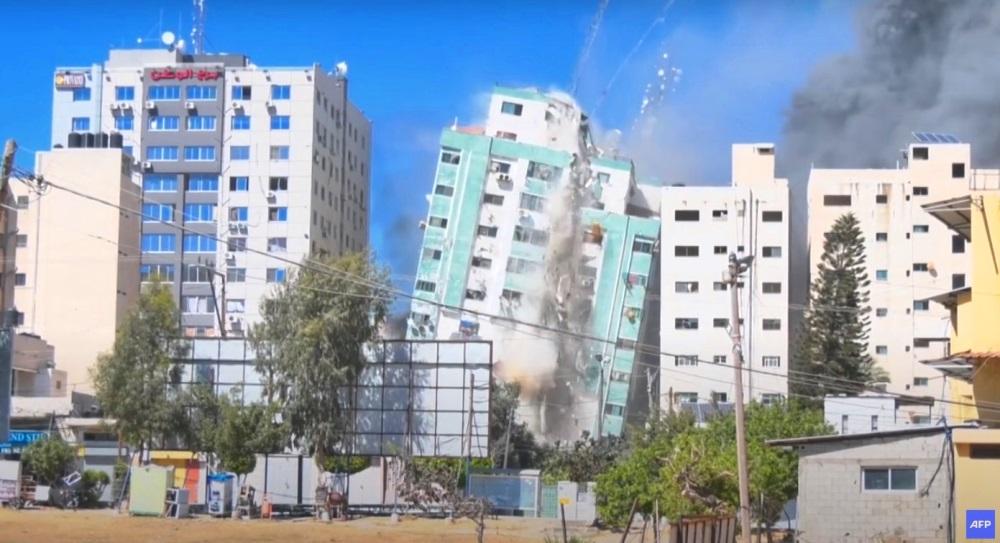 gaza bombe palazzo media