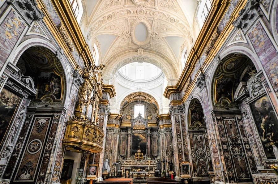 San-Francesco-delle-Monache-interno