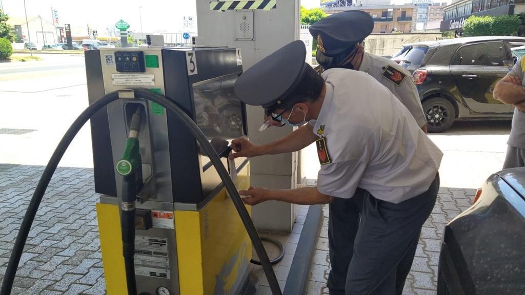 diesel gasolio distributore carburante