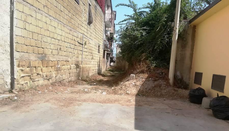 parete strada poliambulatorio ripulita (1)