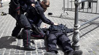 Carabiniere Ferito A Piazza Palazzo Chigi2