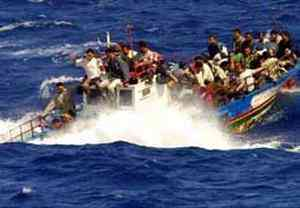 Barcone con immigrati a bordo