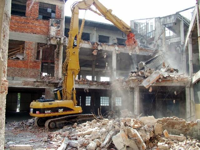 Demolizioni Palazzi Abusivi