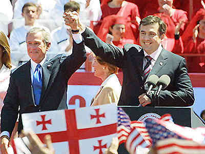Bush con il presidente georgiano Saakashvili