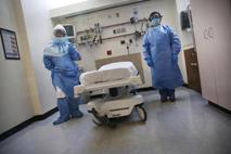 Medici Ebola2