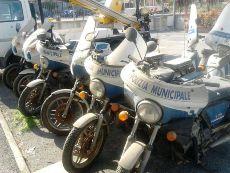 Polizia Muncipale Moto Rotte Particolare