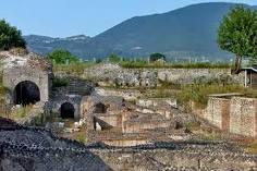 Cales Teatro Romano