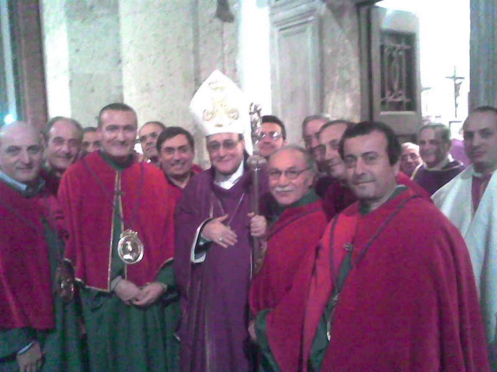 Congrega Con Il Vescovo