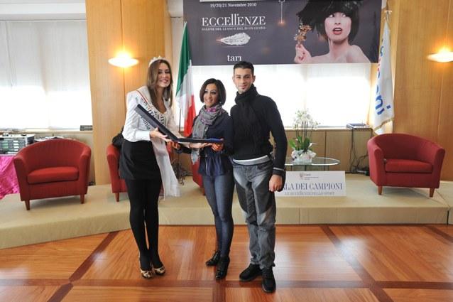 Benedetta Piscitelli Con I Danzatori Nicola E Assunta Chianese