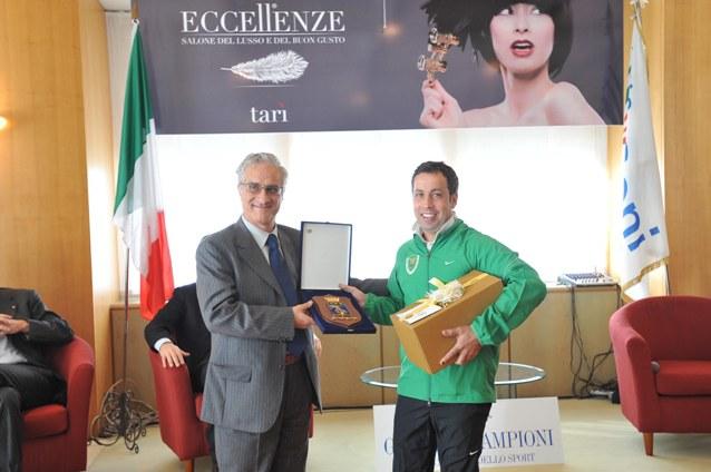 Fuschetti Comandante Regionale Forestale Premia Ennio Falco