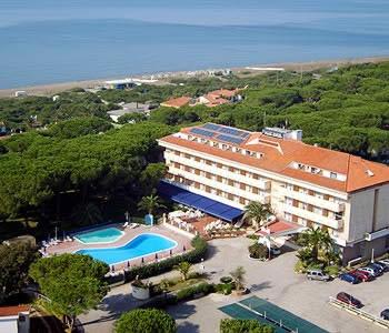 Domizia Park Hotel