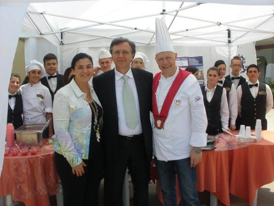 Fragole Studenti Alberghiero Docente Loffredo Sindacotommasino Chef Cioffi