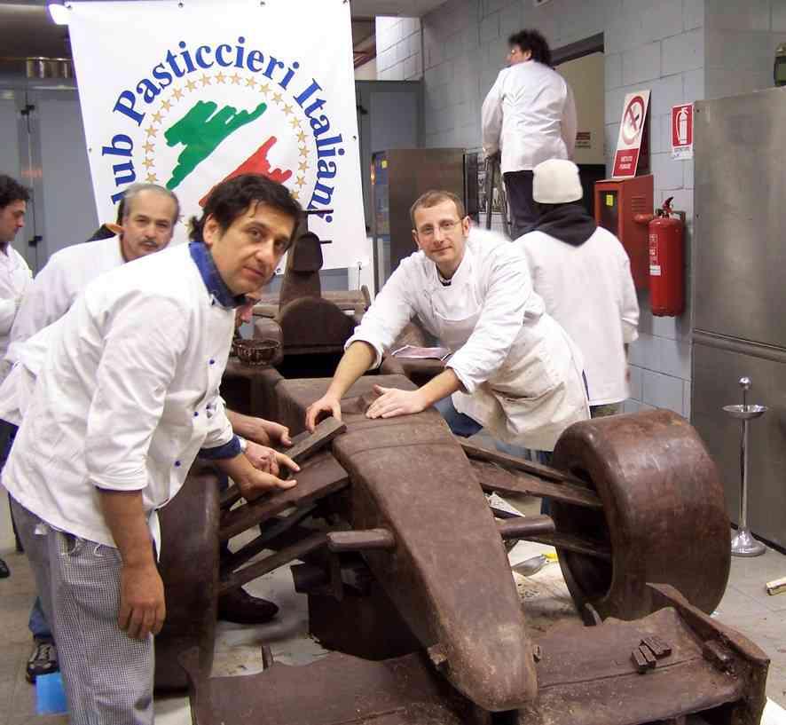Ferrari Di Cioccolato In Costruzione Bis
