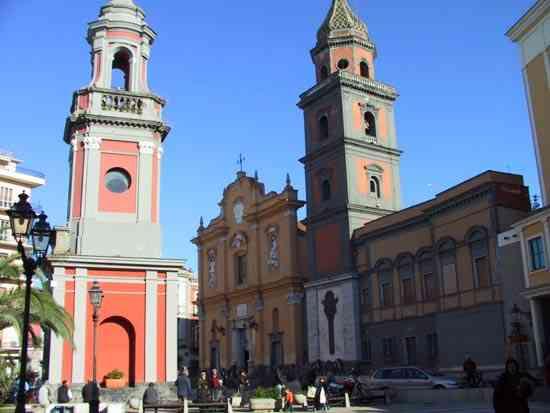 Basilica Pontificia In Piazza Umberto I Frattamaggiore
