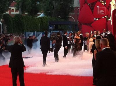 Venezia Fumo Red Carpet